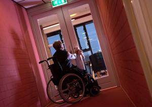 Alzheimer-rolstoel 81-04